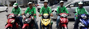 grab moped taxi in vietnam