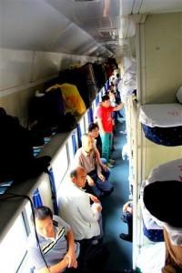 InternChina-Chinese-Sleeping-Train-on-the-way-to-Qingdao