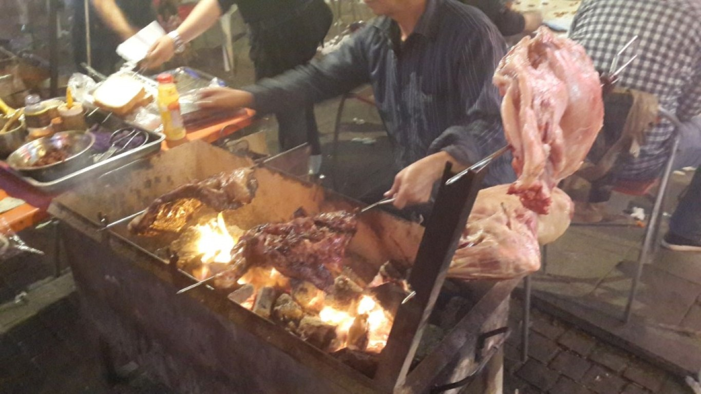 InternChina - Last meal in Hohhot - MEAT FEST