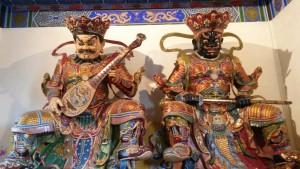 InternChina - Jintai Temple Statues
