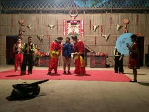 InternChina - The boys preparing for their wedding