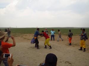 InternChina - Wrestling in the grasslands